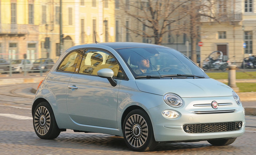FIAT 500 1.0 Ibrido Connect